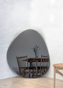 Incado Mirror Shape Big Warm Grey 95x110 cm